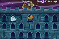 Play Scooby Doo Castle Hassle game