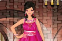 Play Pink Gowns Dress Up game