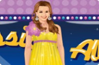 Play Jessica Alba Dress Up game