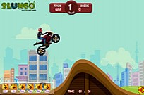 Play Extreme Stunts 2 game
