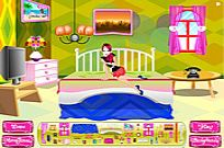 Play Sarah Bedroom Decor game
