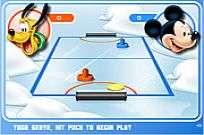 Play Mickey And Friends Shoot & Score game